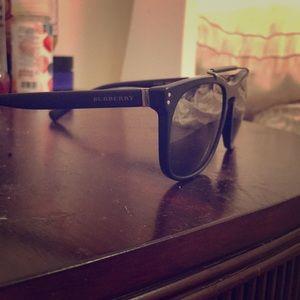 **Authentic 100%**** Burberry sunglasses
